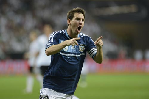アルゼンチンがメッシらの3ゴールによりドイツ相手に敵地で快勝