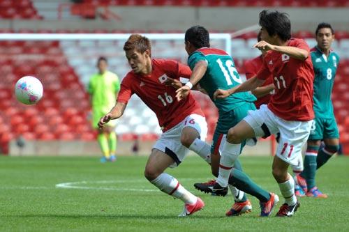 """若き日本代表は""""聖地""""で日本サッカー史に新たな金字塔を打ち建てられるか/メキシコ戦"""