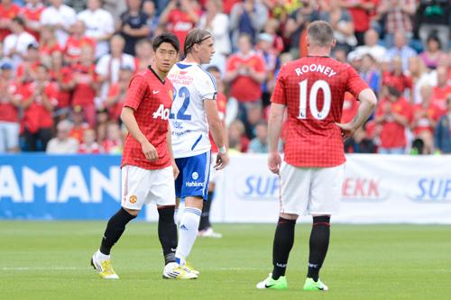 ルーニーが香川を絶賛「才能ある選手。シンジが来てくれて嬉しい」