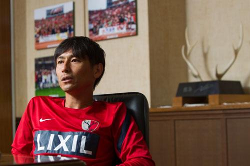 """中田浩二、日本が誇るマルチロールが世界で見てきたもの「僕はトルシエに""""作られた""""と思っている」"""