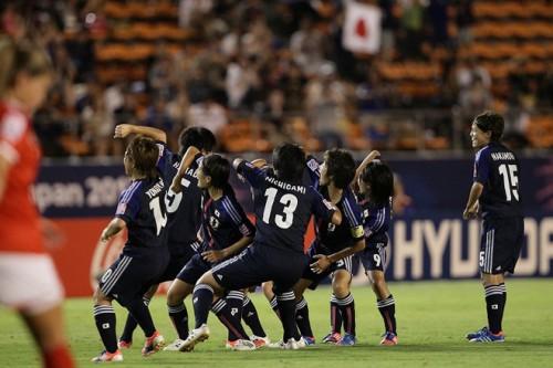ヤングなでしこ、田中陽の左右両足FK弾などでグループ首位通過/U-20女子W杯