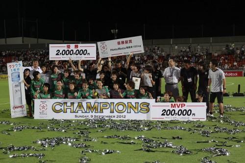日テレがなでしこリーグカップで3連覇を達成…INAC神戸との打ち合い制す