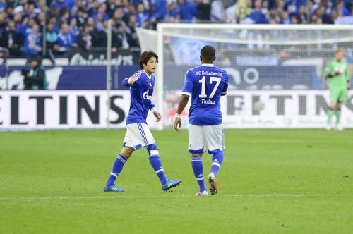 ひざに問題を抱える内田、30日のドイツリーグカップは欠場へ