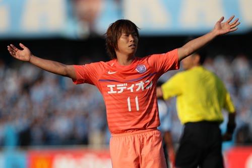 日本代表、前田が負傷離脱…J1得点ランクトップの佐藤寿人を追加招集