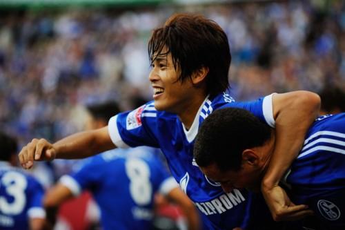 日本代表の内田、メッシやリベリーとともに今節の欧州ベスト11に選出