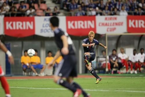 FIFAがオマーン戦勝利のキーマンに本田と遠藤を指名