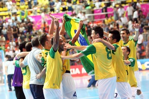 ブラジルが大会2連覇を達成…カズが参戦したフットサルW杯が終幕