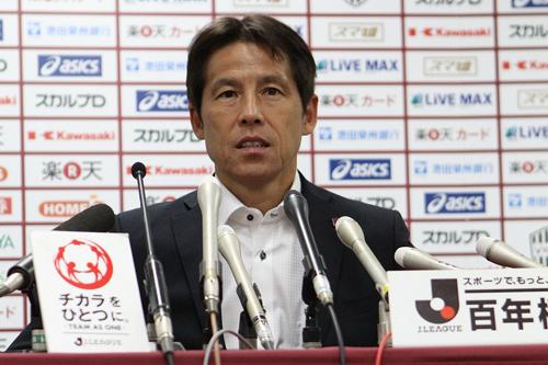 神戸、成績不振により西野監督が退任…安達ヘッドコーチが指揮