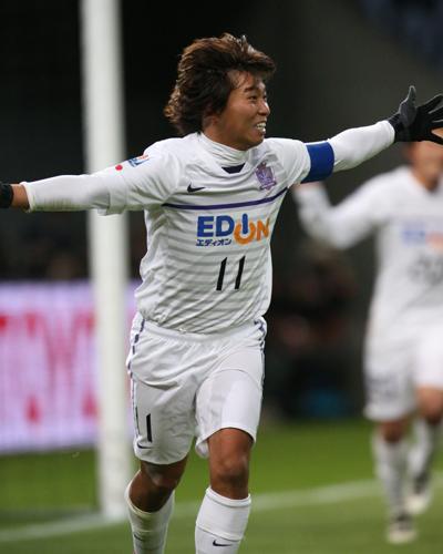 2点を挙げた広島の佐藤寿人「みんなで勝ち取った世界5位」/クラブW杯