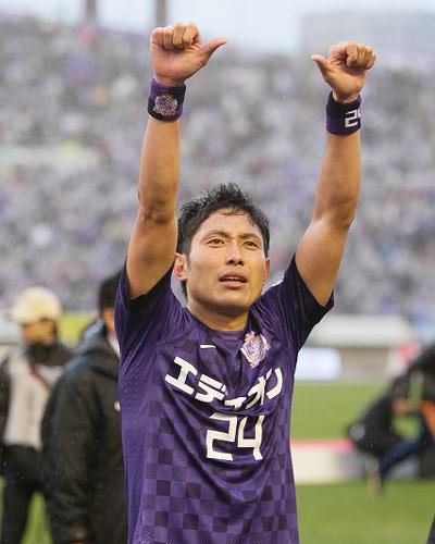 広島のDF森脇良太が浦和に完全移籍「誰にも負けない強い気持ちでプレーする」
