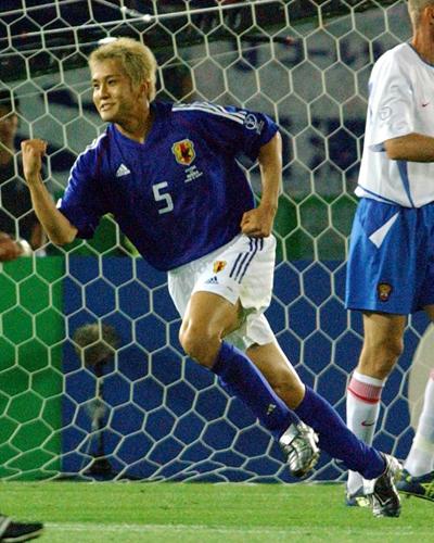 元日本代表の稲本がモデルの田中美保さんと入籍「よりサッカーに打ち込める」
