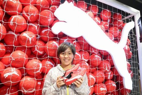プーマ フットボールショップ渋谷店でなでしこの岩渕がトークショーとサイン会