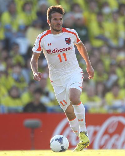 大宮がFWズラタンとの契約更新を発表…2012シーズンは12試合で4得点