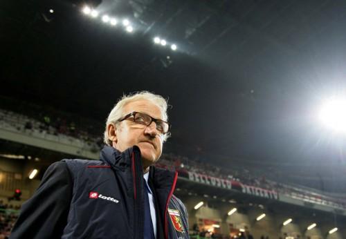 ジェノアがデルネーリ監督の解任を発表…降格圏の18位に低迷