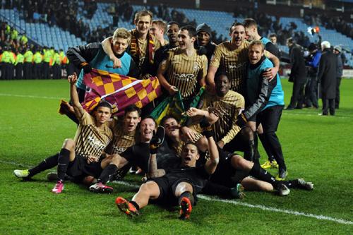 イングランドのリーグカップで4部のブラッドフォードが決勝進出