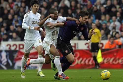 FA杯3回戦でアーセナルが終盤にスウォンジーに追いつかれ、引き分ける