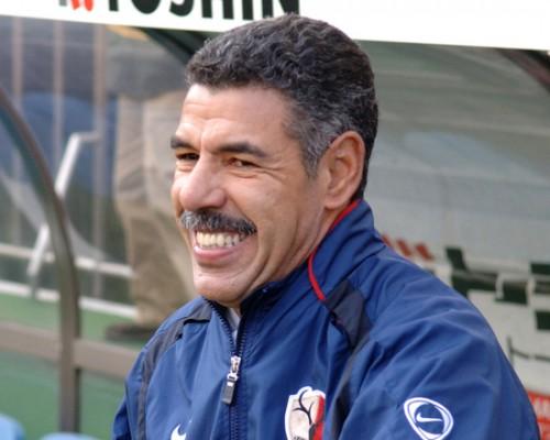鹿島、史上初の年間三冠に導いたセレーゾ氏の8年ぶり指揮官復帰を発表