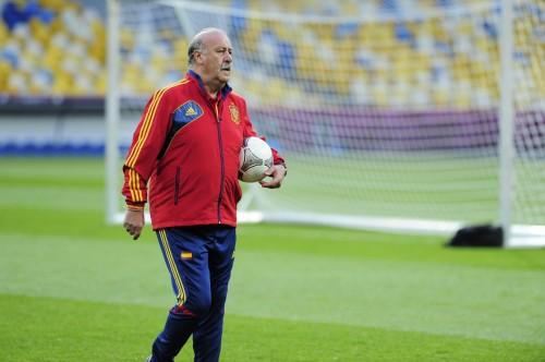 スペイン代表のデル・ボスケ監督が、FIFA年間最優秀監督賞を初受賞