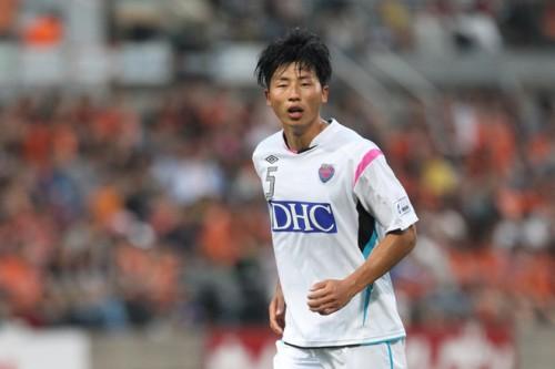 新潟が横浜FMからDFキム・クナンを完全移籍で獲得、DF大井とは契約更新
