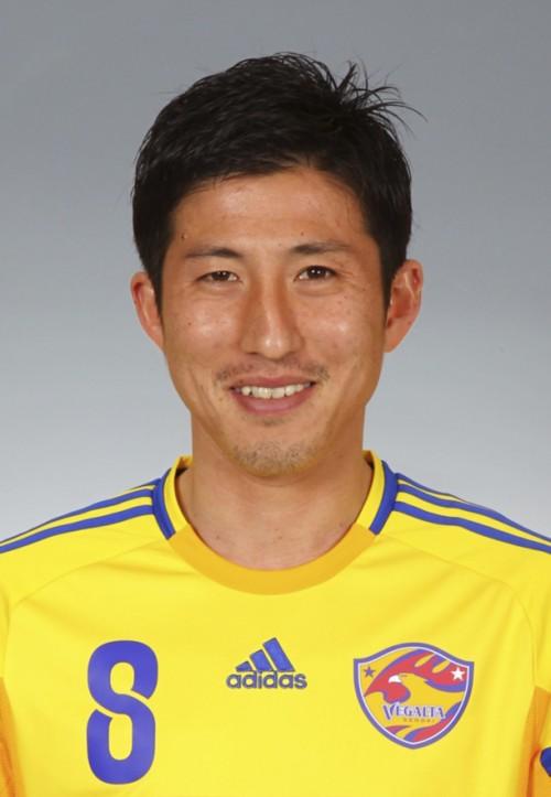 08_Takuya NOZAWA