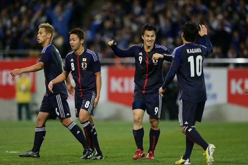 日本代表が2013年初戦で3発快勝…岡崎が2ゴール/ラトビア戦