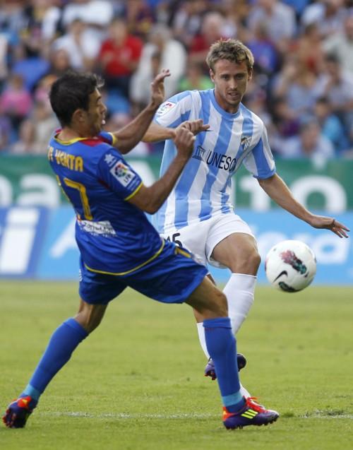 アーセナルがマラガからスペイン代表DFモンレアルを獲得