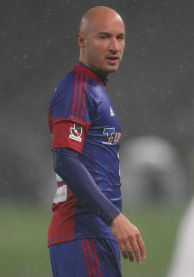 FC東京、ヴチチェヴィッチとの契約更新を発表
