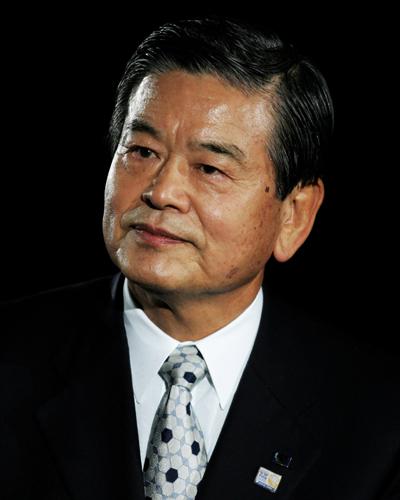 日本サッカー協会最高顧問の川淵三郎氏が首都大学東京の理事長就任