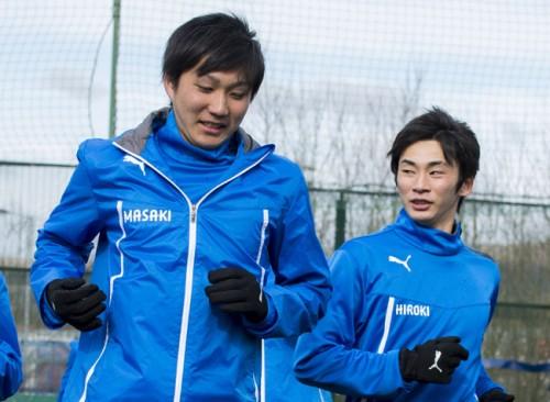 """2人の学生が日本を代表してマンチェスターでアグエロと""""夢の時間""""を共有"""