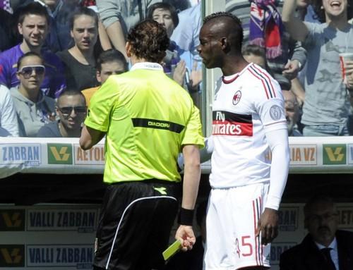 バロテッリ、審判を罵倒し計3試合の出場停止処分
