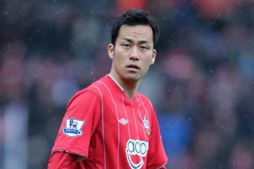 英メディア、吉田にチーム最低評価「常に落ち着きがなかった」