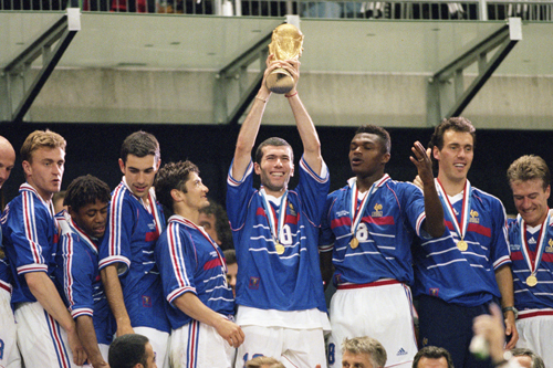 元フランス代表のジダン「一人で勝てるほどサッカーは簡単でない」