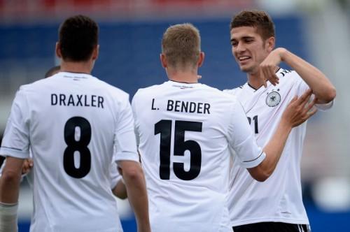 ドイツがエクアドルに快勝…ポドルスキとベンダーが2得点
