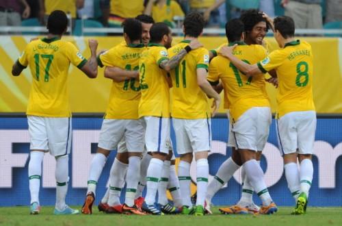 イタリアとの打ち合いを制したブラジル、3連勝でグループ首位突破