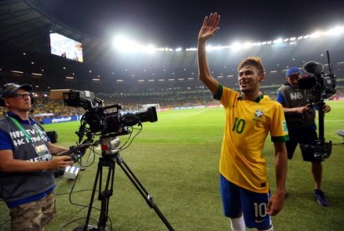 ネイマール、王国の大黒柱への変貌…ブラジルをけん引する21歳