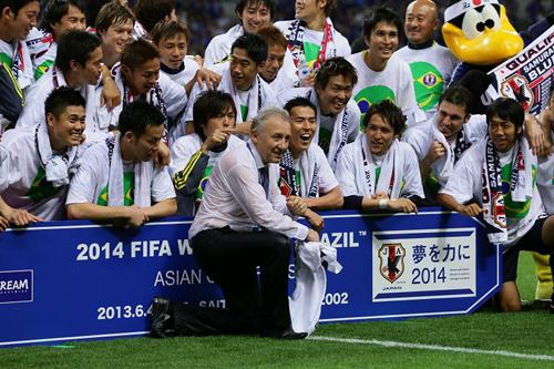 W杯出場を決めた日本代表のザック監督「10歳は年をとった」