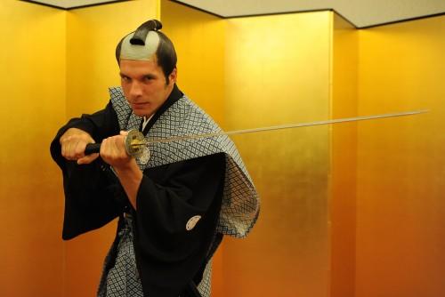 日本文化を学ぶアーセナルの面々…選手が武士や寿司職人に変身