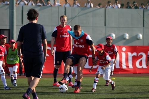 アーセナルがサッカークリニックを開催「日本の子供たちはスキルが高い」