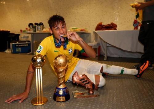 ブラジルを大会3連覇に導いたネイマールがコンフェデ杯MVPに輝く