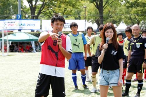 アイドリング!!!の橘ゆりかが「夏高フットサル2013」の開幕宣言