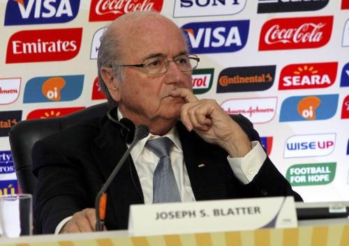 FIFA会長、カタールW杯の冬実施検討「夏開催可能は間違いだった」