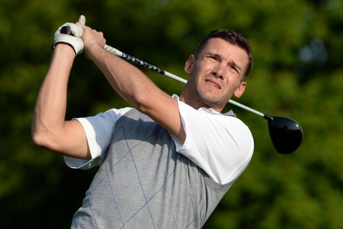 シェフチェンコ氏がプロゴルファーデビューへ「いいプレーをしたい」