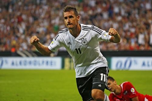 ドイツがホームで快勝…クローゼが最多得点記録に並ぶ/W杯予選