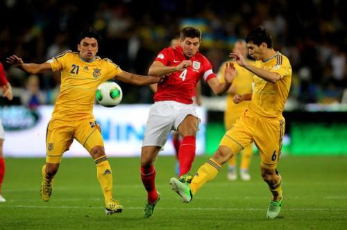 ウクライナとイングランドがドロー、H組は大混戦/欧州予選