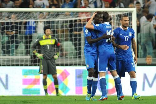 バロテッリ逆転弾のイタリア、チェコを破りW杯出場決定/欧州予選