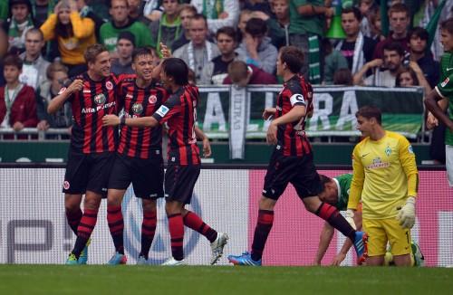 乾が2ゴールの起点になる活躍、フランクフルトの今季2勝目に貢献