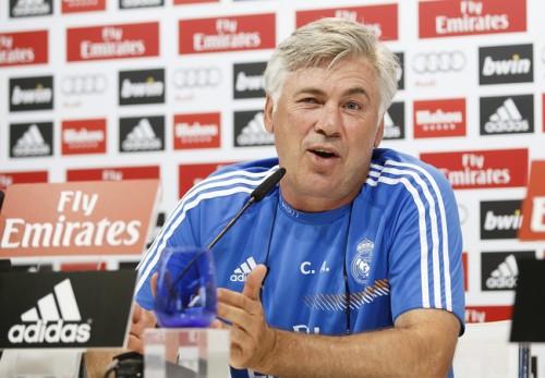 アンチェロッティ監督が新天地で意気込み「スペクタクルなサッカーを実現したい」