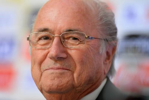 FIFA会長、カタールW杯は「ミスかもしれないが、欧州のものでもない」