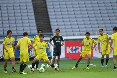 日本代表がガーナ戦に向け、前日練習を実施…本田ら21選手が参加