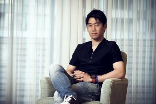 香川が「ベストジーニスト グローバル特別敢闘賞」受賞…本田、長友に続き3人目